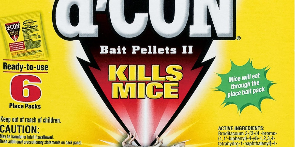 dCon mouse bait package image